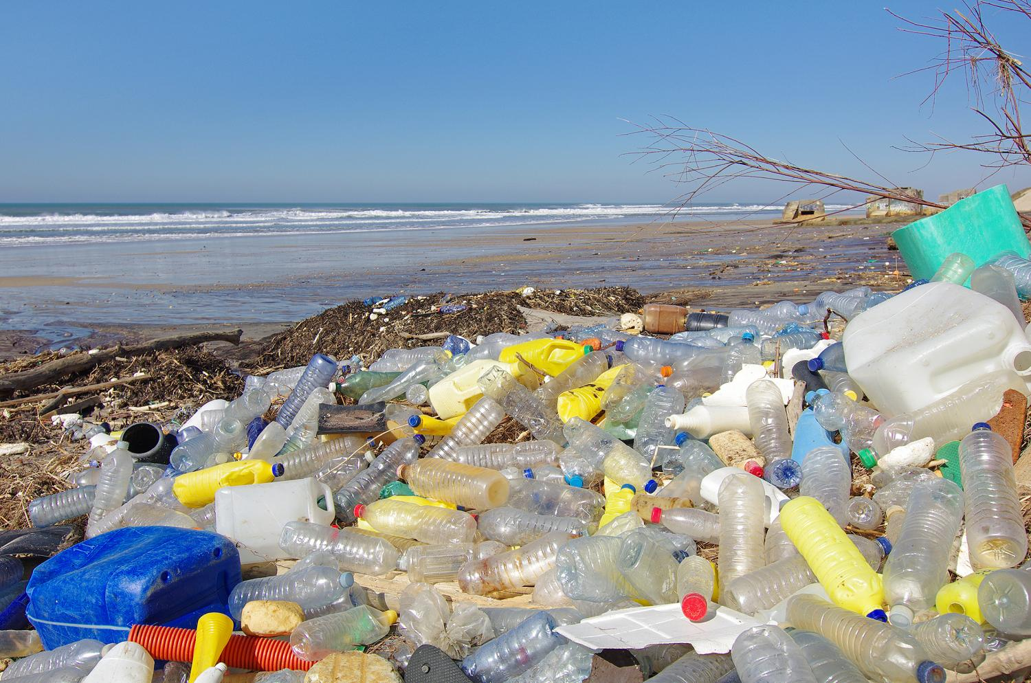 plastic-pollution-can-we-free-india-from-single-use-plastic