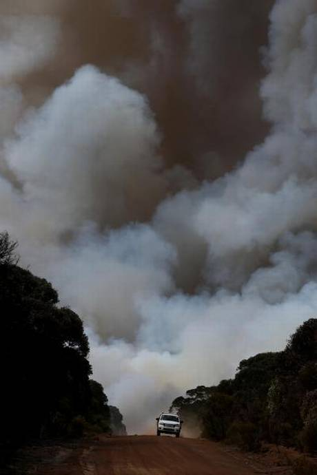 why-are-bushfires-raging-in-australia-th