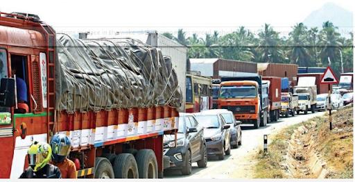 kerala-karnataka-border-issue-over-inter-state-movement-during-covid-19