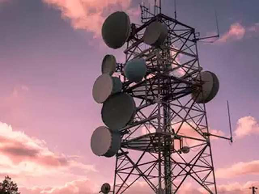 dot-unlikely-to-agree-on-lower-licence-fee-recommended-by-trai-alter-agr-definition